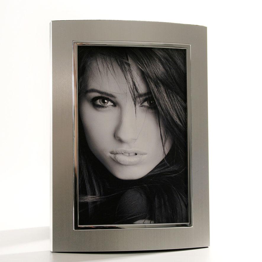 Portrait Bilderrahmen Arco 10x15 cm | Alu matt-silber | Normalglas