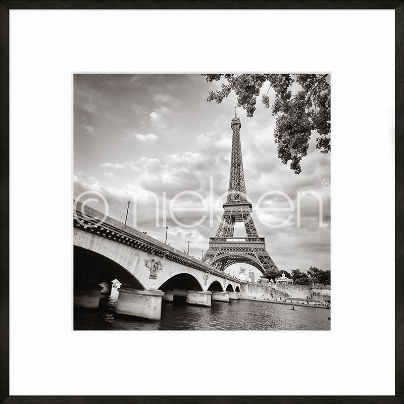 Gerahmte Kunst Paris black and white mit Aluminium Bilderrahmen C2