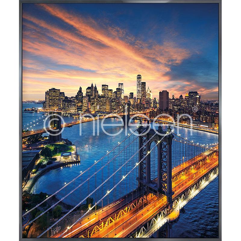 Gerahmte Kunst New York City Sunset mit Aluminium Bilderrahmen Alpha