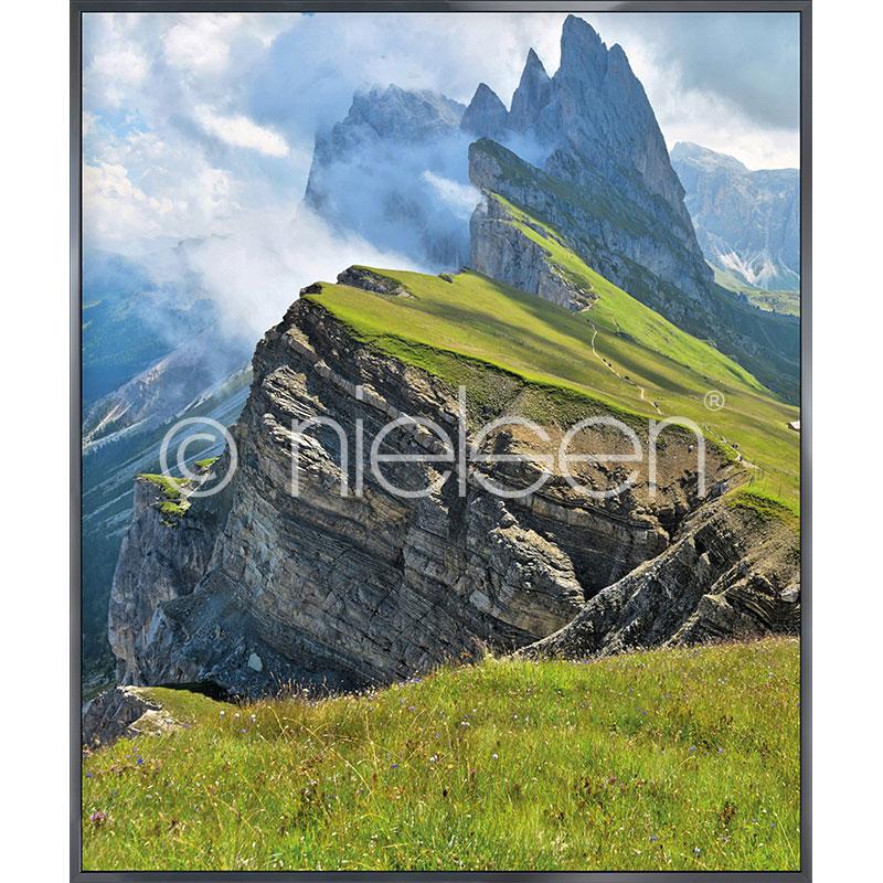 Gerahmte Kunst Mountain Range mit Aluminium Bilderrahmen Alpha
