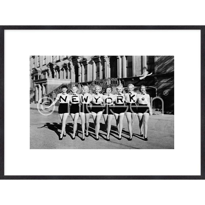 Gerahmte Kunst Chorus Line mit Holz Bilderrahmen Quadrum