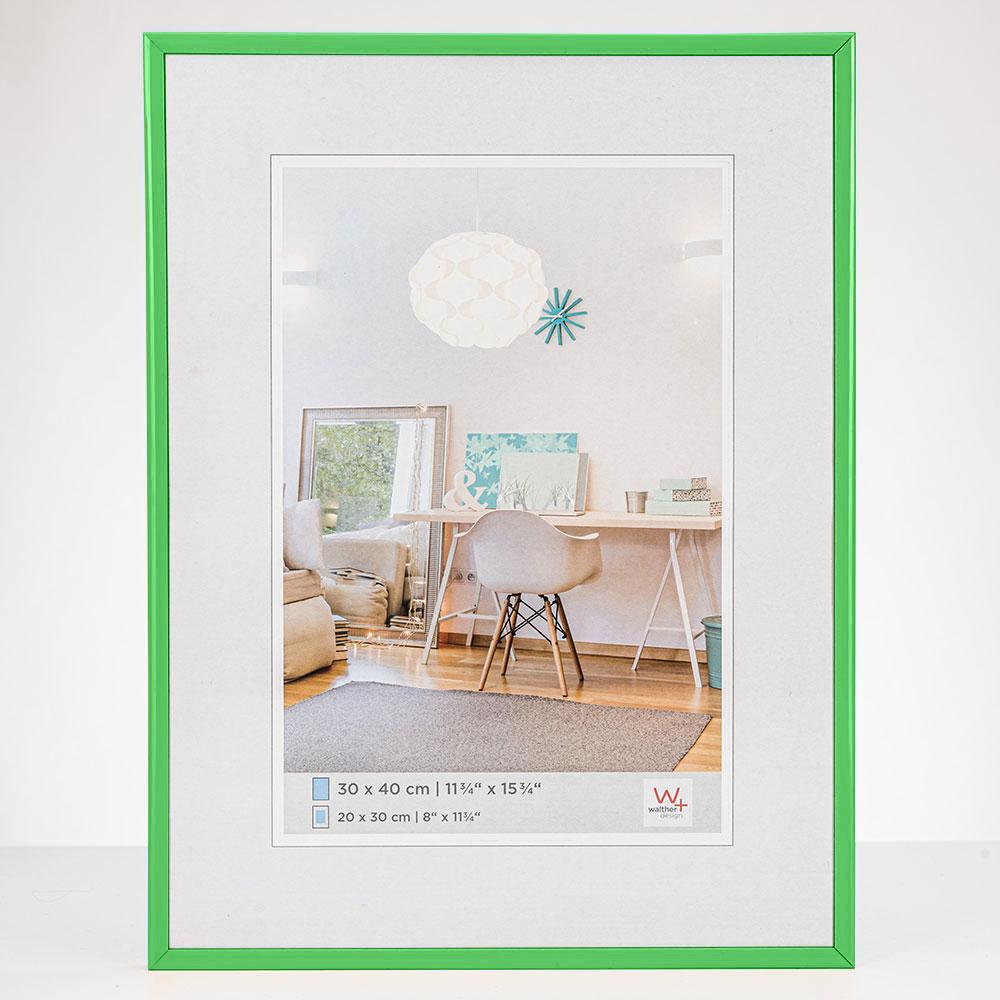 New Lifestyle Kunststoff Bilderrahmen 20x30 cm | Grün | Normalglas